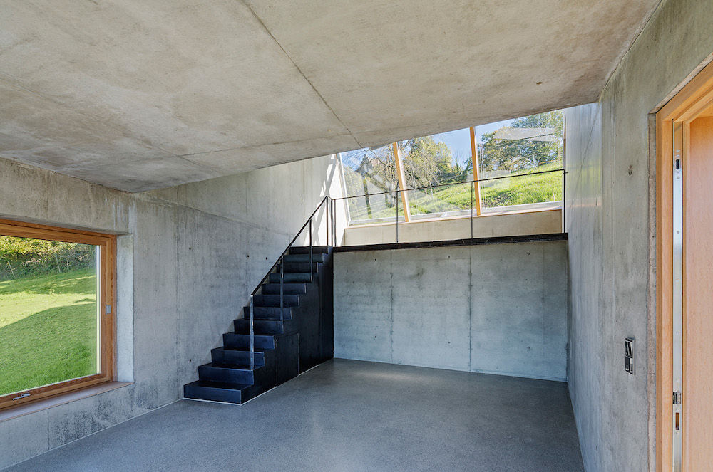 Camera Lucida artist's studio in Austria with concrete interior and skylight