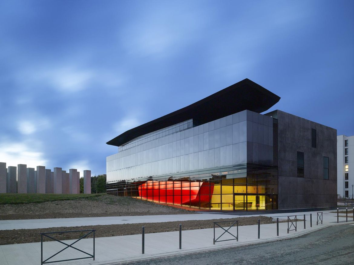 FRAC Bretagne museum in France designed by Odile Decq
