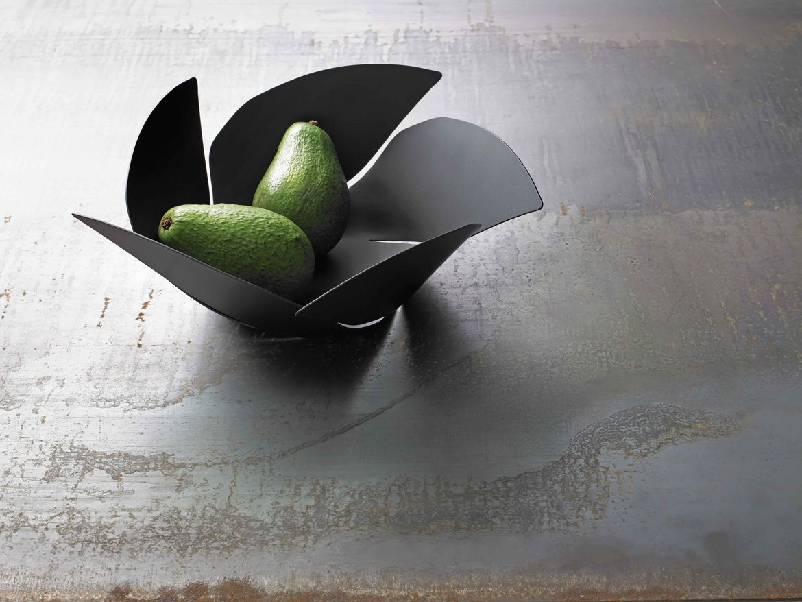 Twist Again fruit bowl by Odile Decq for Alessi