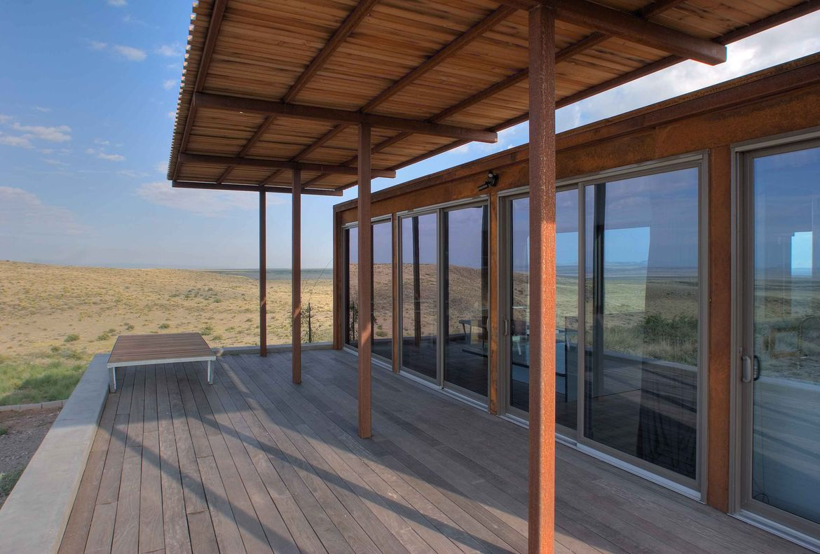 Marfa weeHouse Deck with Canopy
