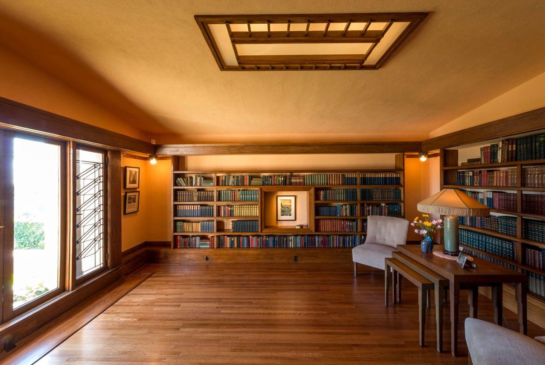 Frank Lloyd Wright Hollyhock Los Angeles library