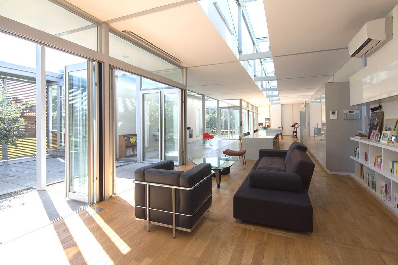 Japanese Architect Osamu Morishita Japan House Tour Green Family-friendly Design Family Area Living Room