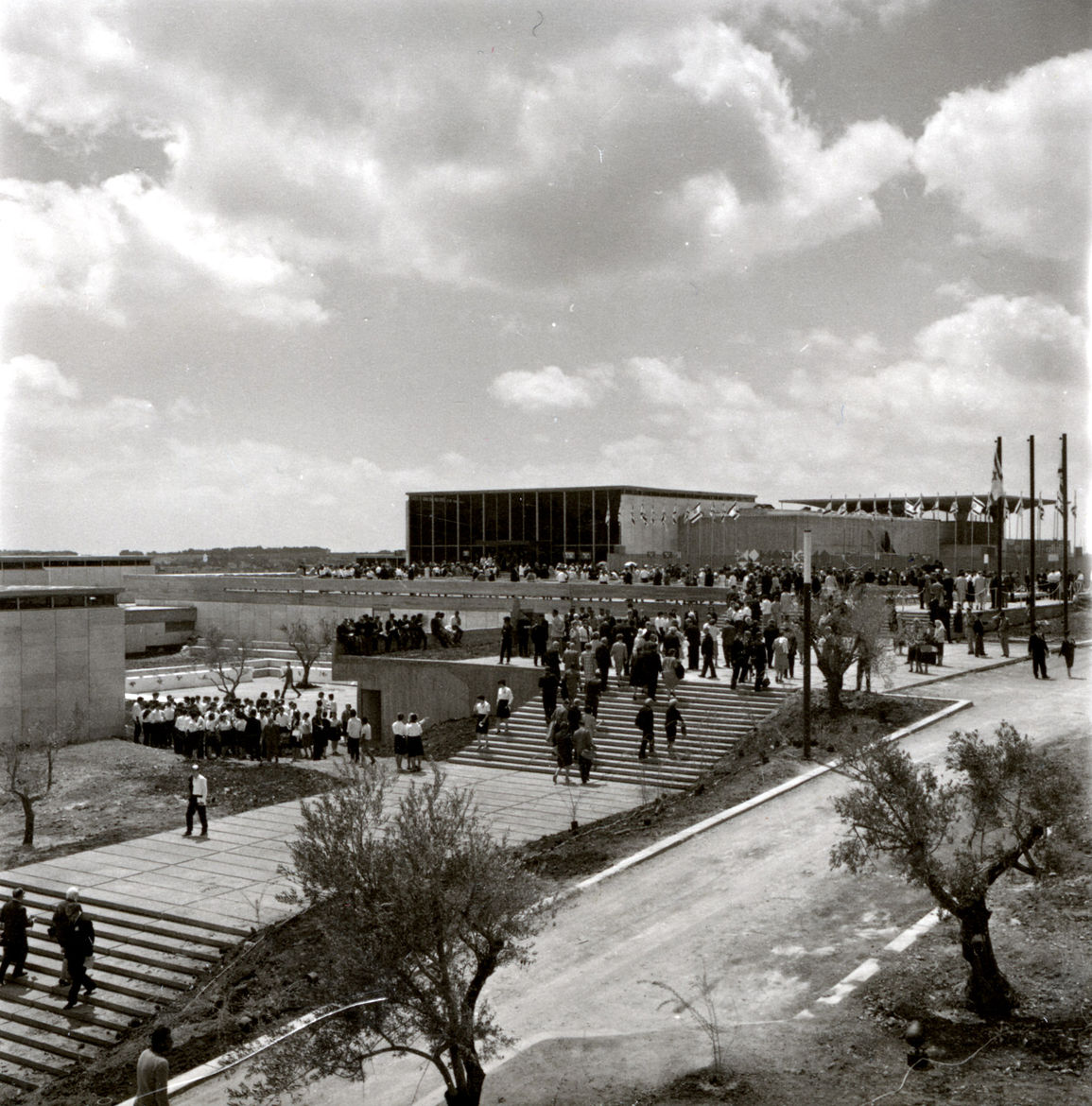 Israel Museum designed by Al Mansfeld in 1965