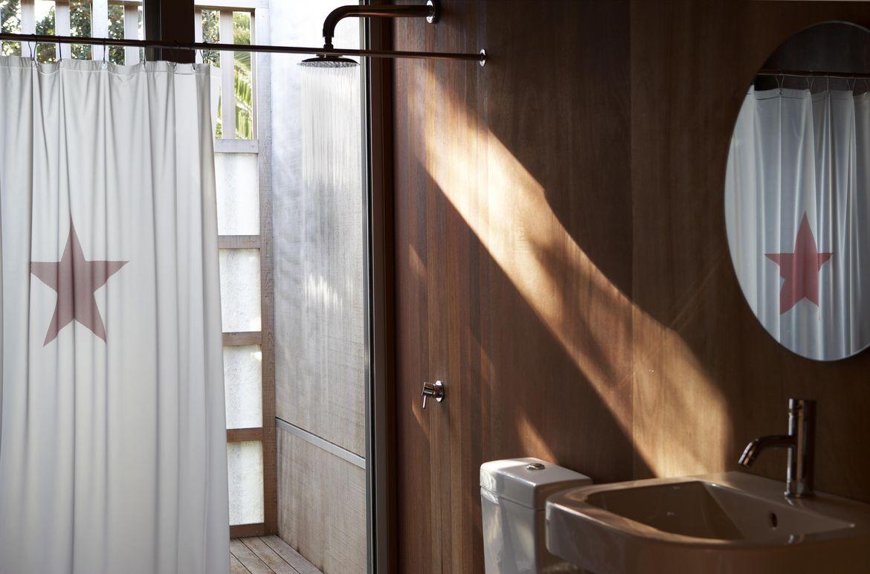 Compson Bach Beach House Bathroom