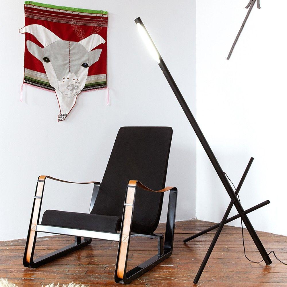Sculptural floor light with industrial inspiration