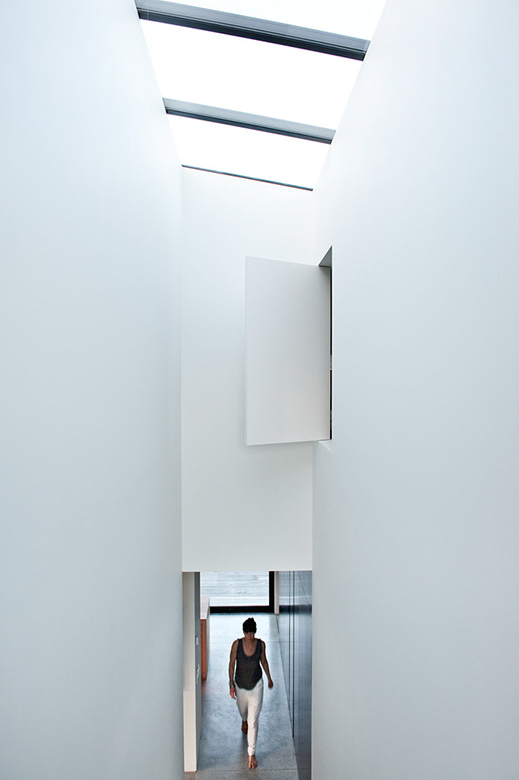 Entryway of Casa Familia by Bergendy Cooke, New Zealand