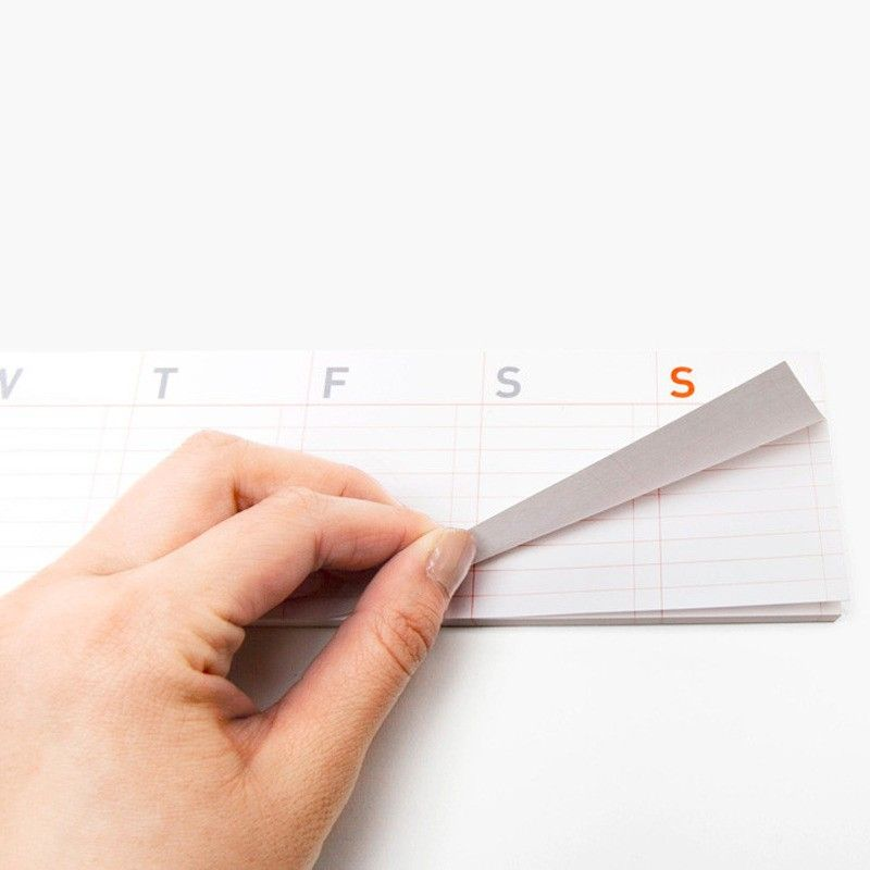 Sticky pad and paper weekly calendar
