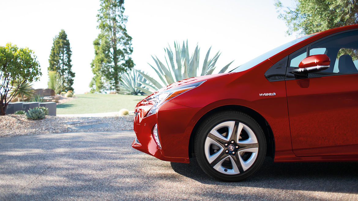 The 2016 Toyota Prius is equipped with LED lighting in the front and rear.