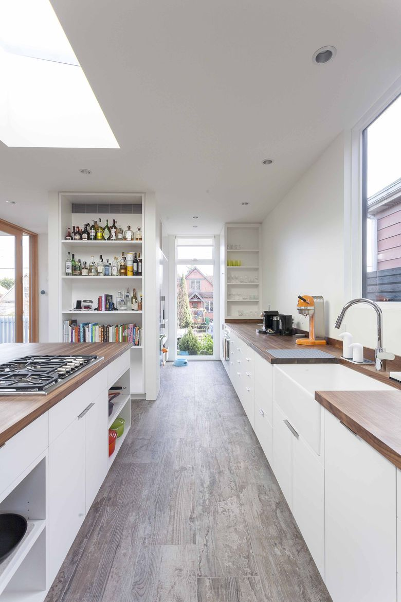A Seattle kitchen framed by Loewen windows