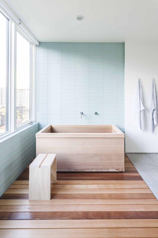 Custom cedar tub in Seattle