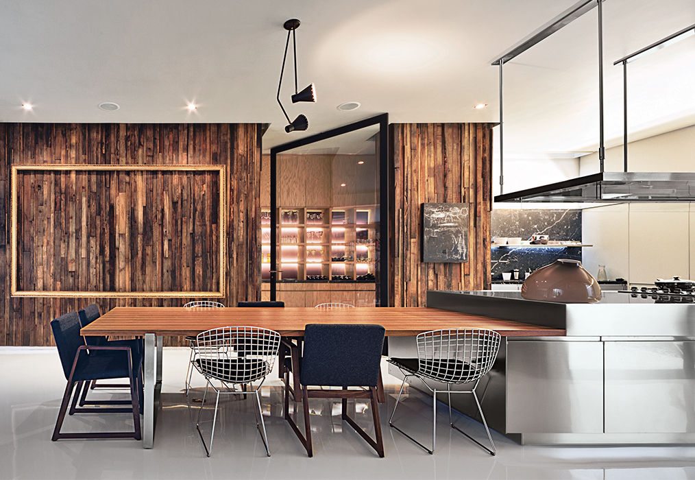 Dining area and kitchen in a Mexico City home