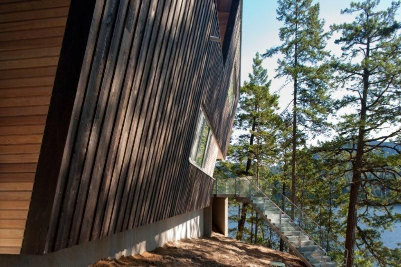 Exterior cantilever of a British Columbia cabin