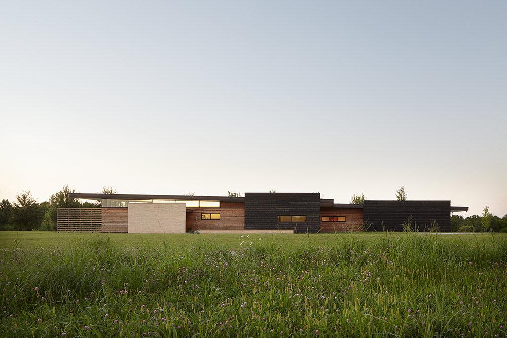 Single-story house in the prairie outside Kansas City