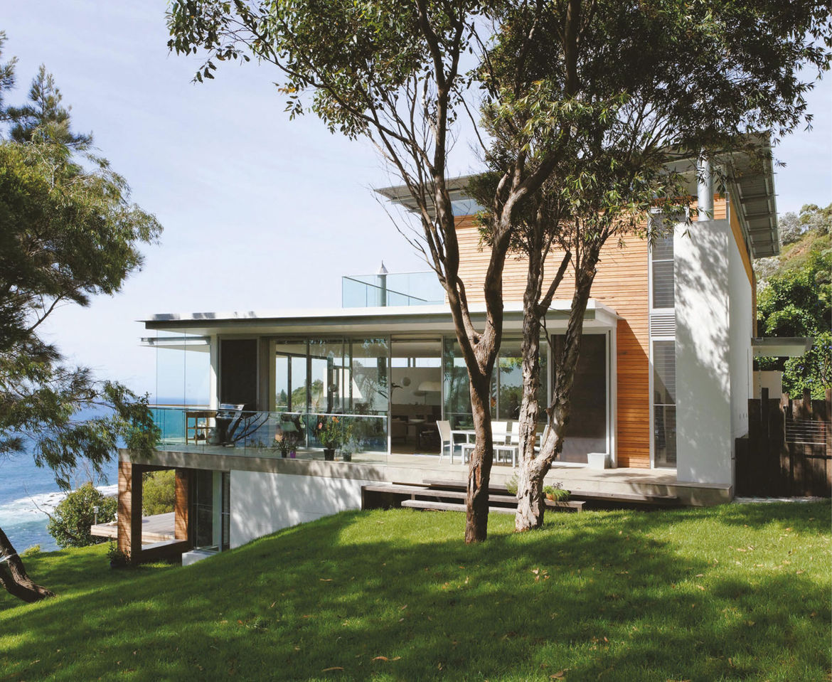 Indoor-outdoor home outside Sydney with ocean views