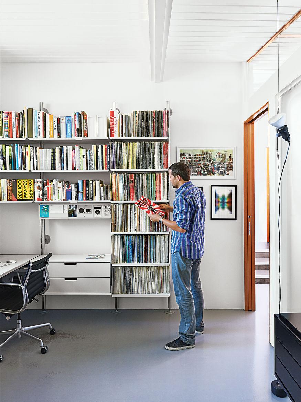 modern dwellings kalmic house quincy jones office shelving system