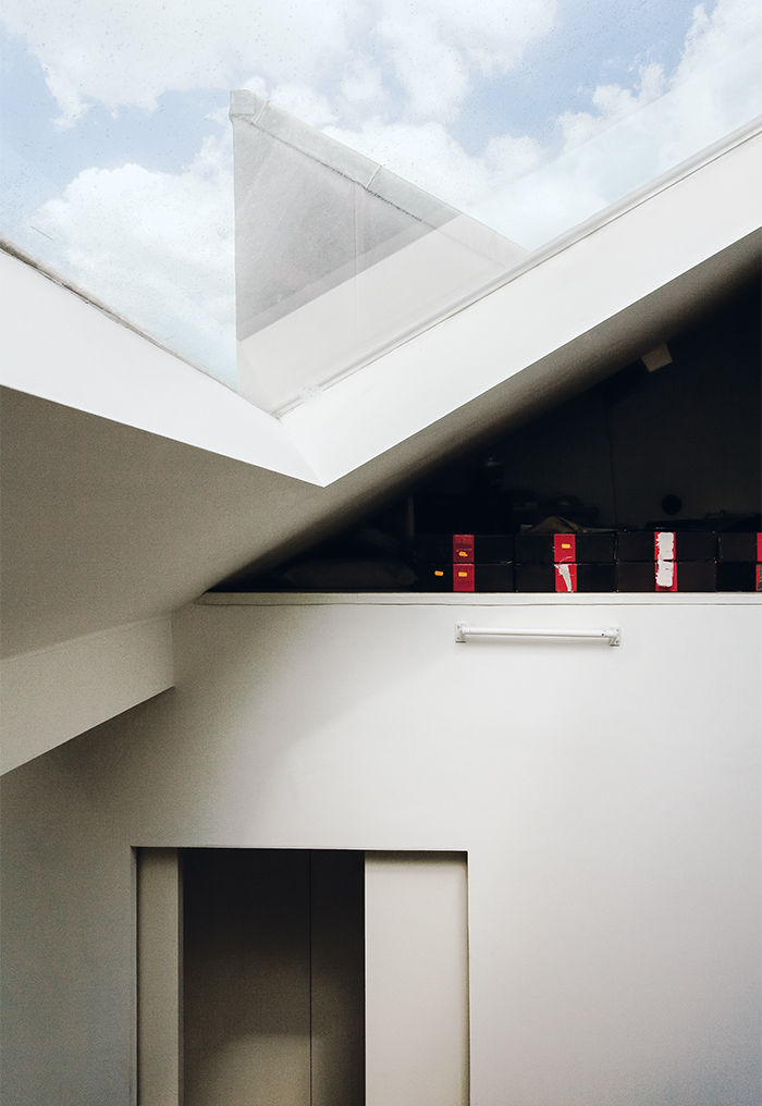 Tiny London apartment renovated skylights