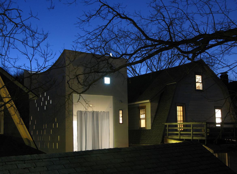 Haffenden house side exterior windows.