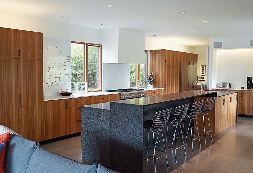 Kansas City kitchen with granite island and Bertoia stools