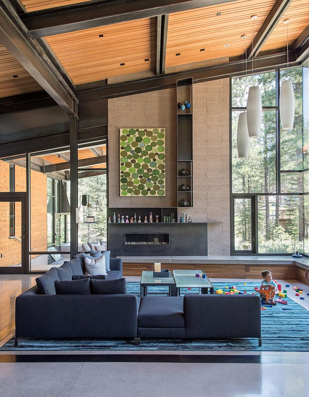 Bancroft residence living room with Antonio Citterio sofa