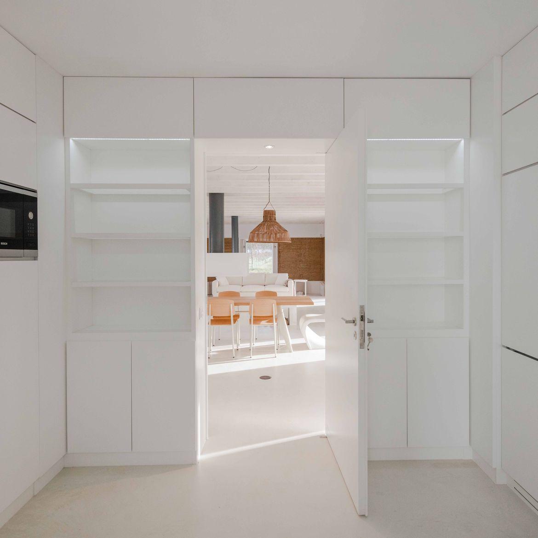All-white interior in Portugal