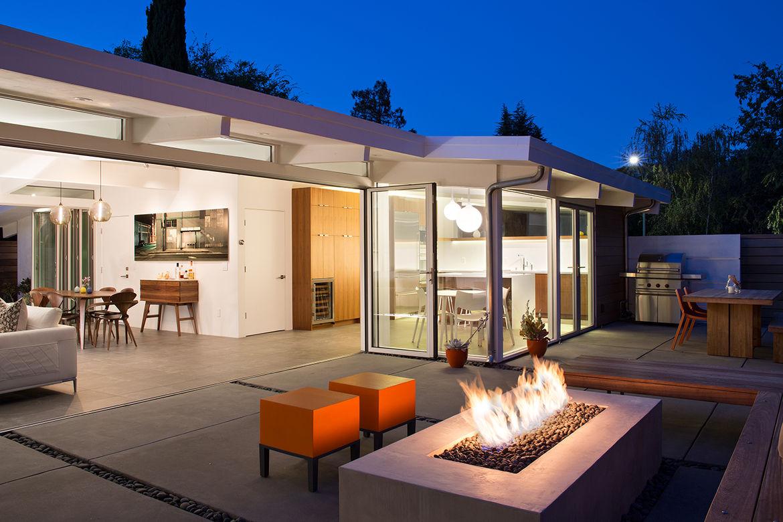 Palo Alto Eichler Renovation Outdoor Living Space