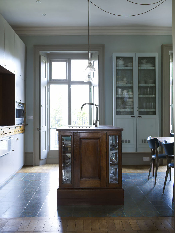 London Terrace home kitchen island