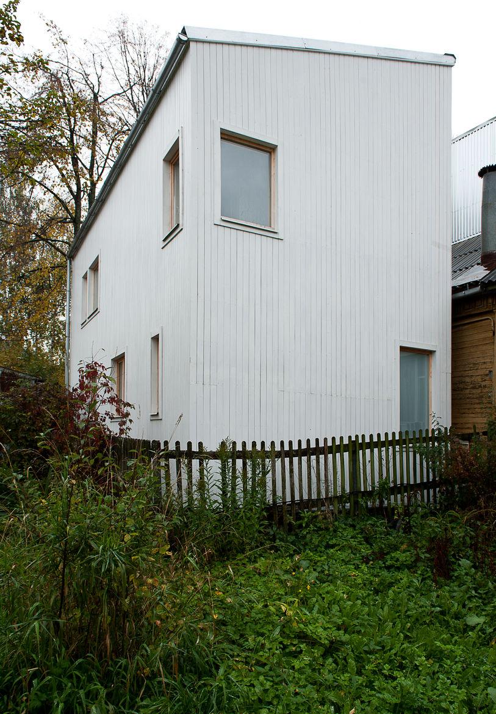 Low Budget House rear facade.