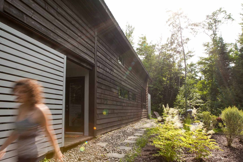 Quebec cabin wood exterior.