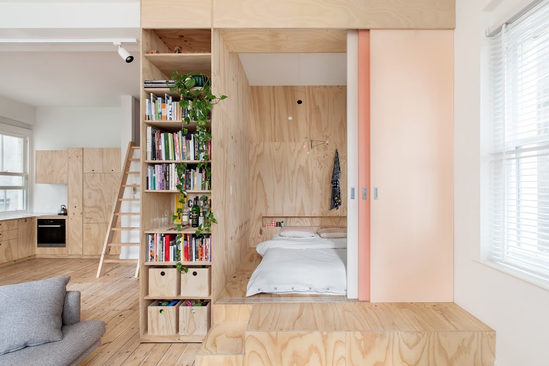 Melbourne Apartment sliding doors and bedroom