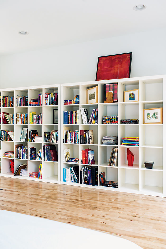 Affordable Kansas City home with ikea shelving in the bedroom