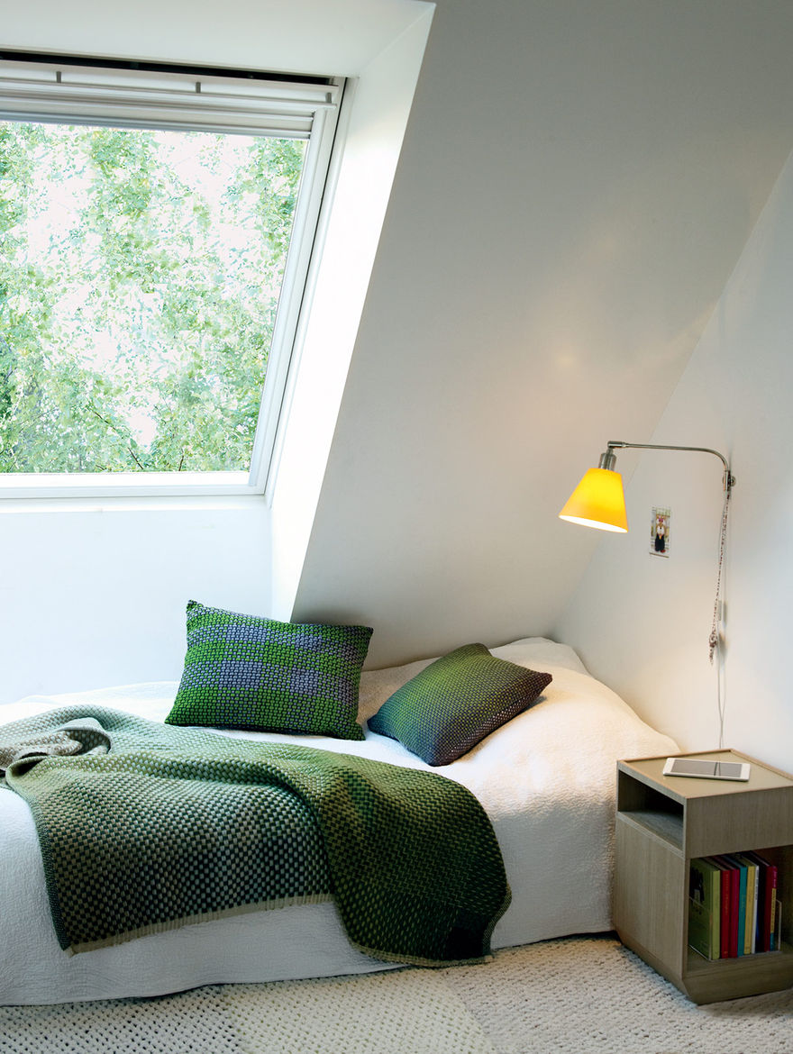 Swedish Prefab Home, Kid's Bedroom
