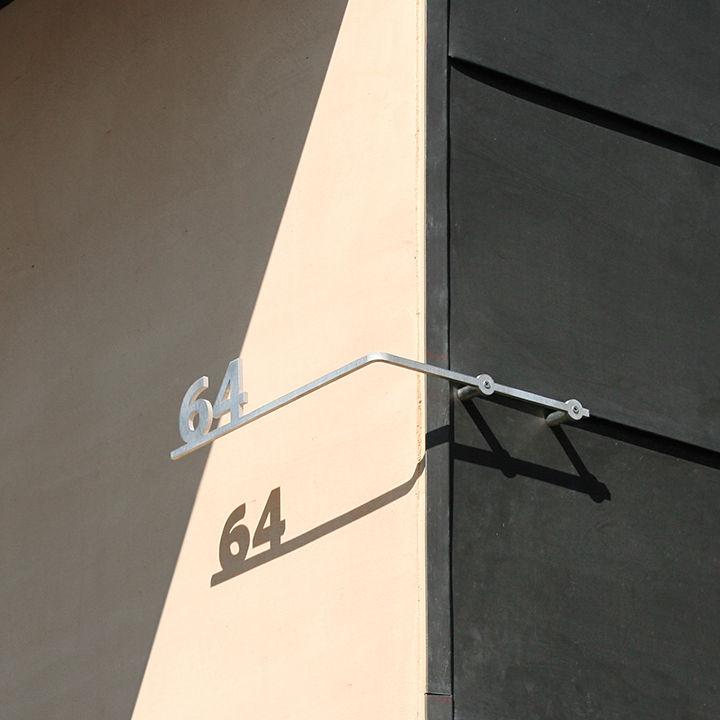 modern vanguard way house number shadows