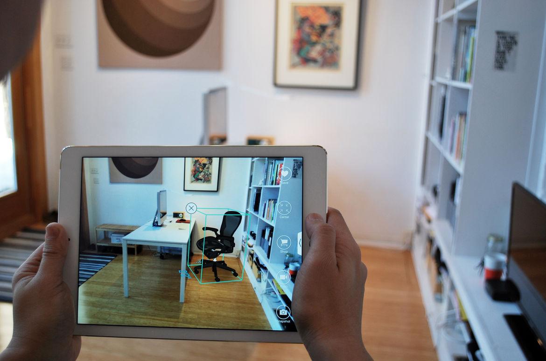 Augmented reality interior design app Pair.