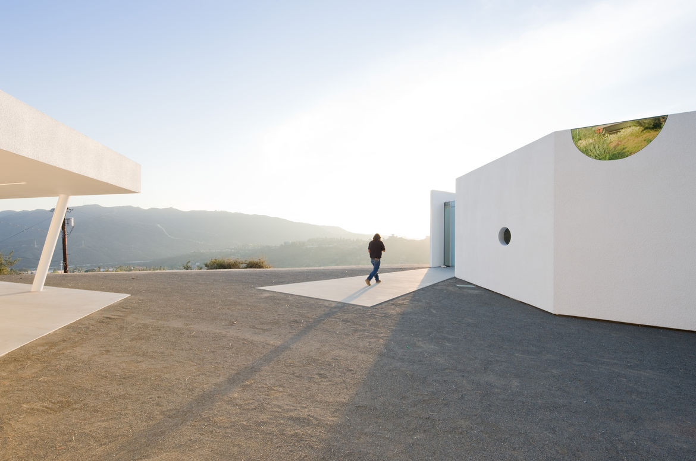 Pittman Dowell house designed by Michael Maltzan