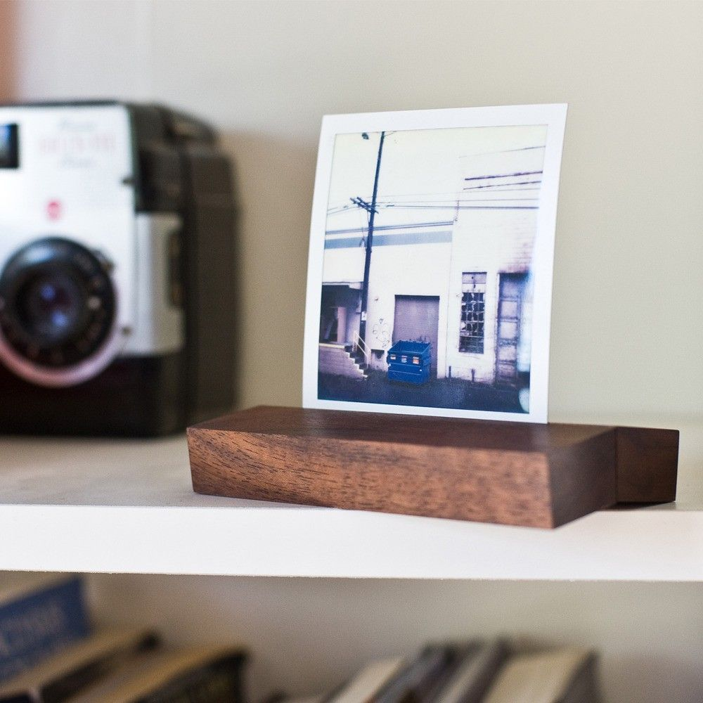 Walnut wood magnetic photo stand