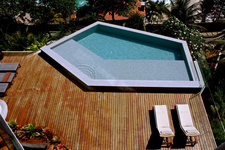 Angular pool
