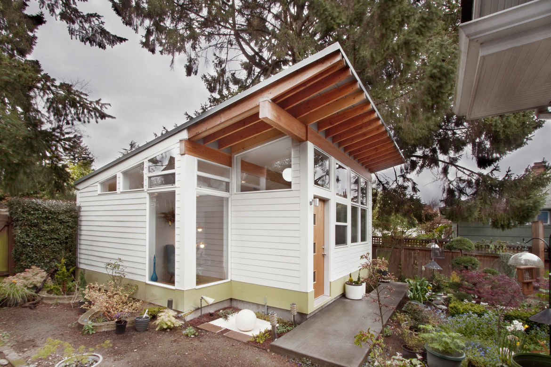 Exterior facade of a Seattle backyard studio