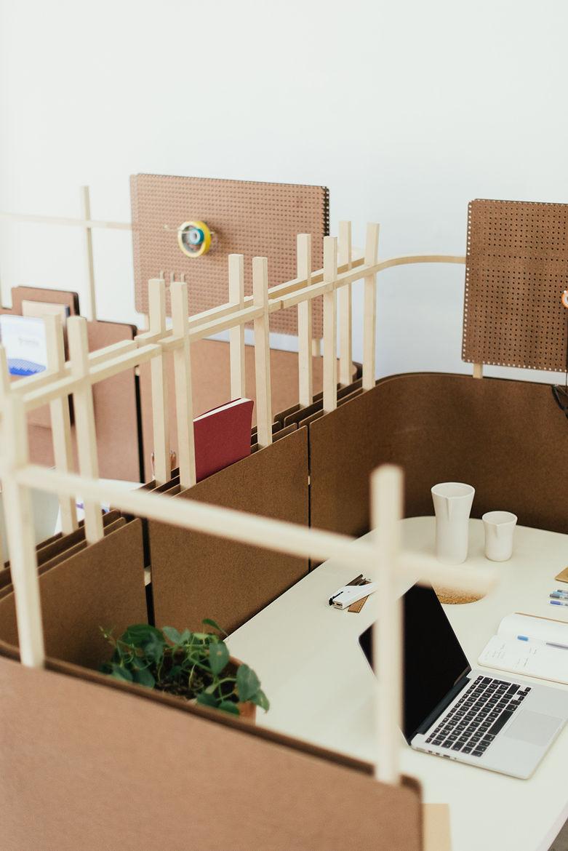 Cholguán office dividers