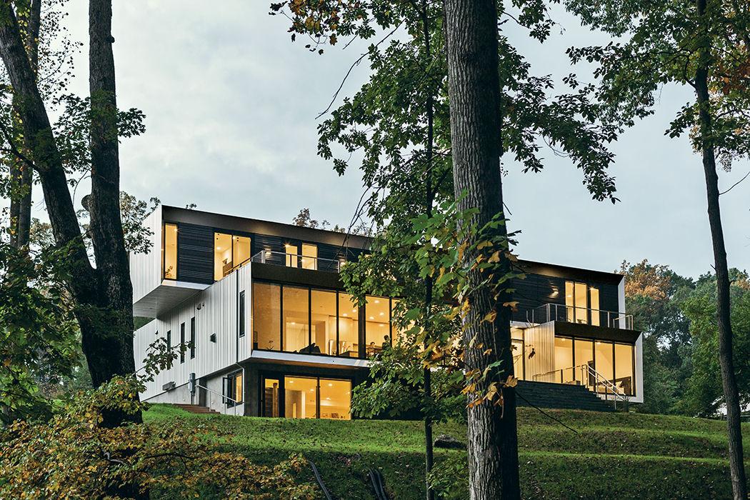 McLean, Virginia, Bridge House exterior view