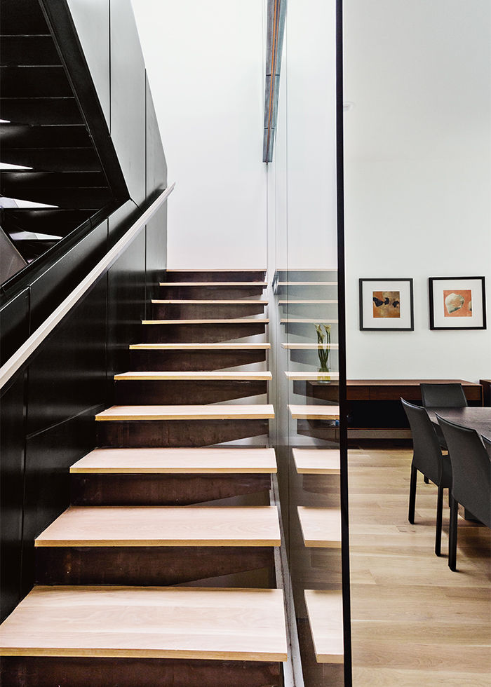 McLean, Virginia, Bridge House Staircase