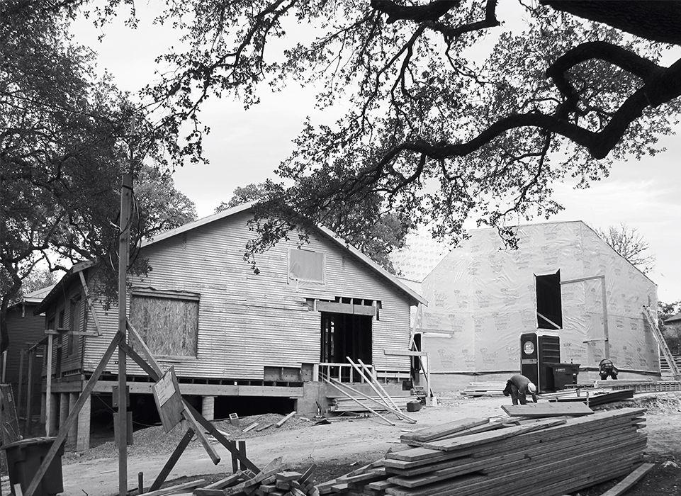 Modern Texan addition and renovation construction photo
