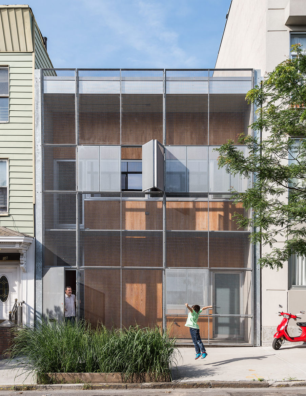 Geometric facade of the Baumann family residence