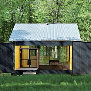 Modern prefab summer home in Madeline Island, Wisconsin