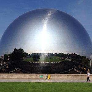 La Geode reflective dome in Paris