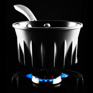 Energy saving Flare Pans use grooved surface to distribute heat, saving energy and boiling water faster.