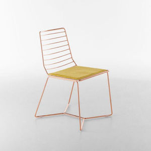 Antia chair by Alpestudio Architetti Associati for Formabilio