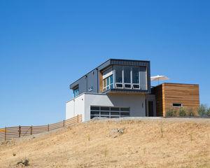 cloverdale prefab exterior hill3