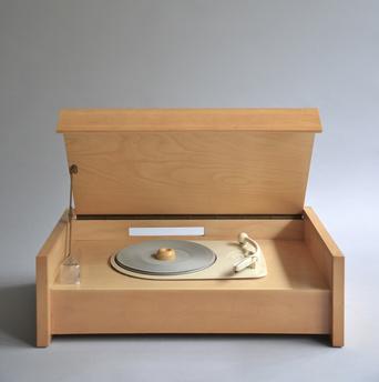 Braun G 12 wooden turntable designed by Hans Gugelot