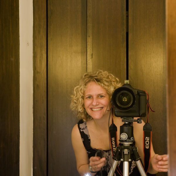 Portrait of photographer Dianna Snape