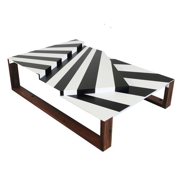 uhuru warcraft coffee table2